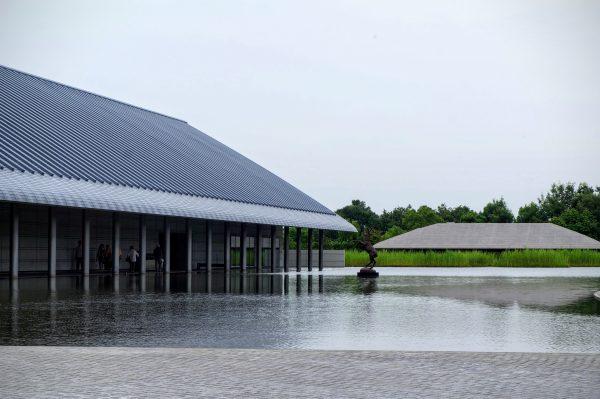 守山の観光スポット「佐川美術館」