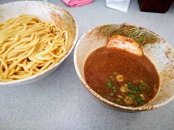 つけ麺200g(850円)