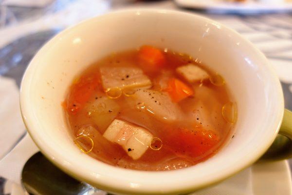 本日のスープはミネストローネ