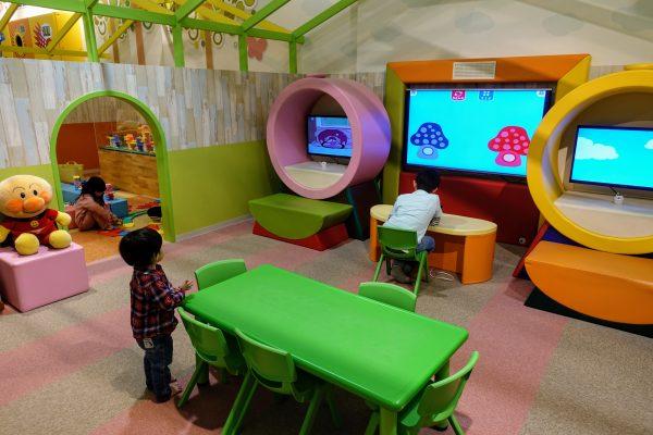 学研プロデュースの動画と読書の部屋。あまり人気がなかったです。