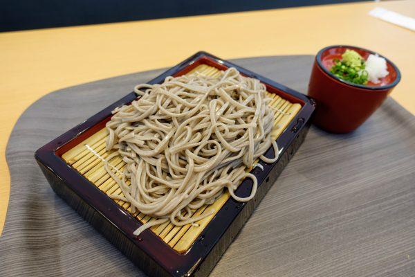 子供が好きなそば(650円)。3歳の子供が大人一人前を食べきりました!